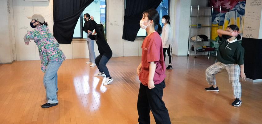Girls Hip Hop 初級 中1~高3(水曜日)